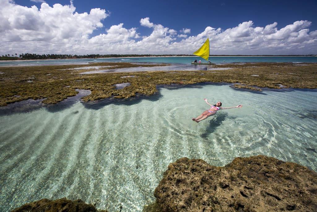 Como são as praias de Carneiros e de Maragogi em Porto de Galinhas, Brasil
