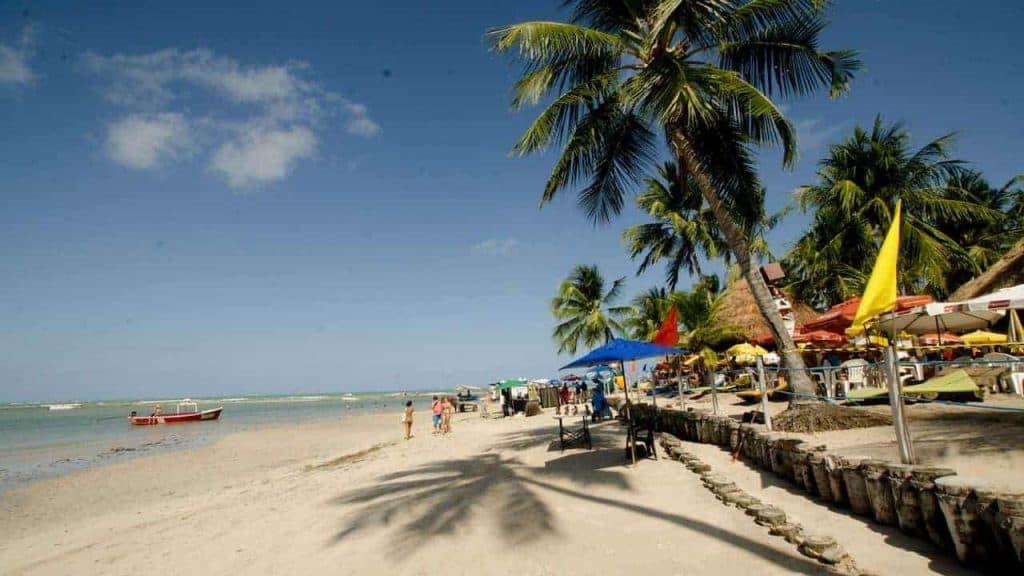 A day in Carneiros Beach, Pernambuco