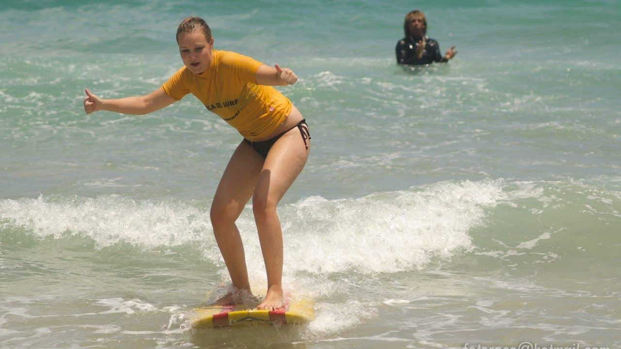surf-schools-in-maracaipe