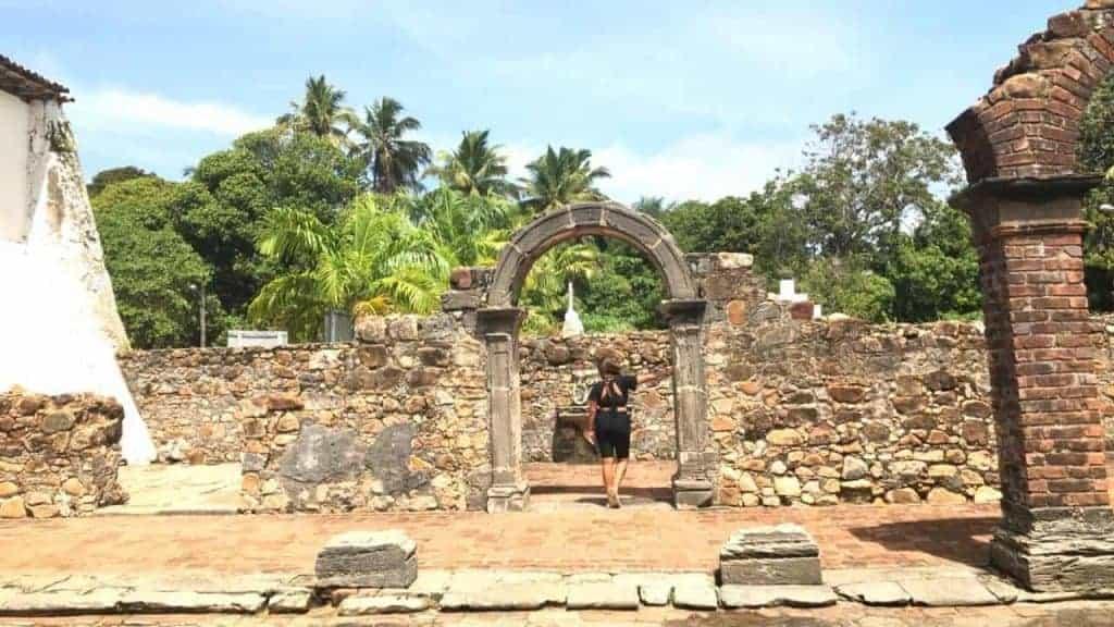 Calhetas - Ruins of the Carmelite Convent