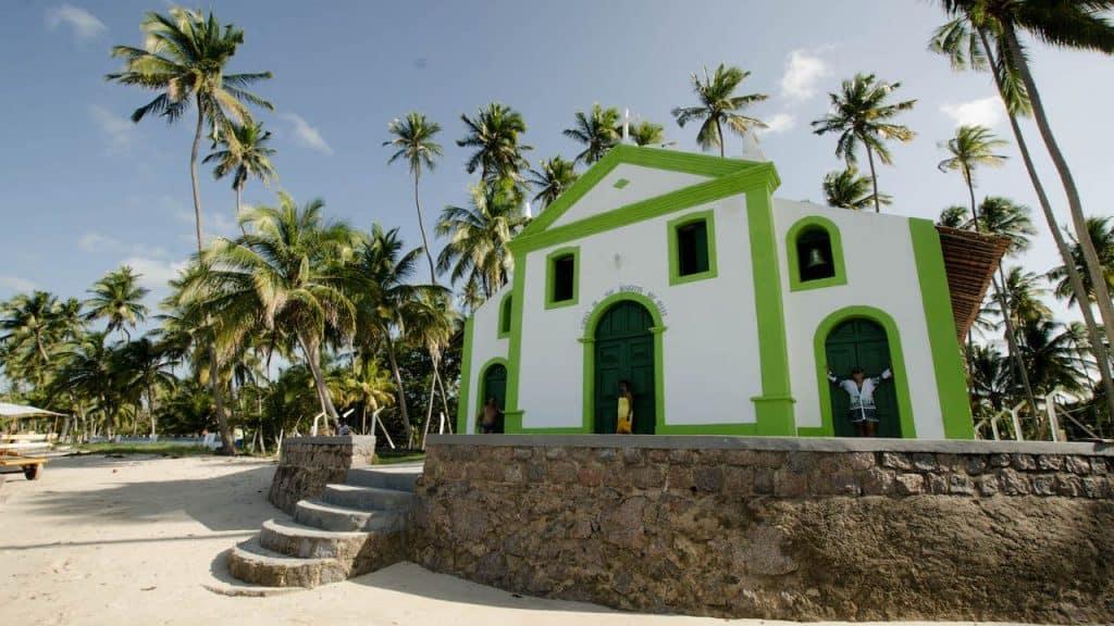 Colonial chapel on Carneiros Beach